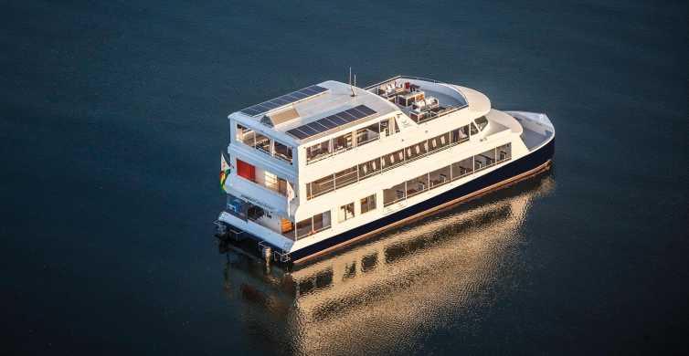 Victoria Falls: 2-Hour Luxury Zambezi River Sunset Cruise