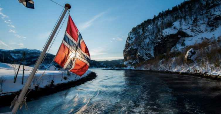 Mostraumen: Fjord Cruise