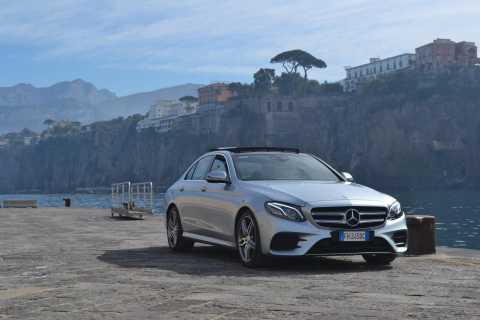 Sorrento: Private Transfer to Naples International Airport