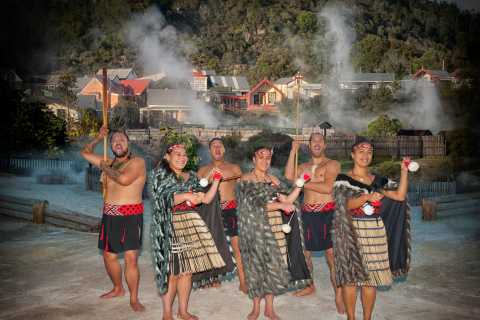 Auckland: Waitomo Caves, Rotorua Maori Village, and Hobbiton