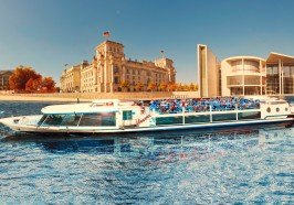 What to do in Berlin - 1-Hour City Tour by Boat with Guaranteed Seating