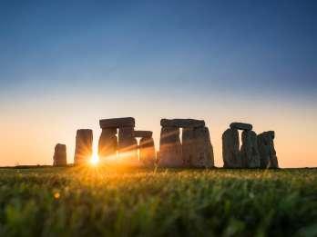 Von London: Stonehenge Inner Circle und Windsor Day Trip