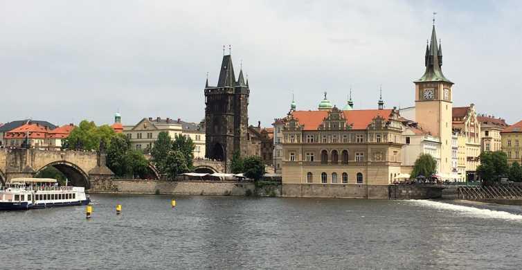 Prague: 2-Hour Night Cruise with Dinner