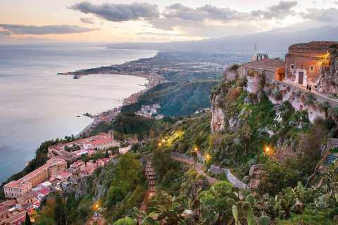 Palermo: tour privato di Monte Etna, Taormina e Castelmola
