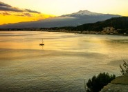 Ab Catania: Führung am Ätna & in Taormina
