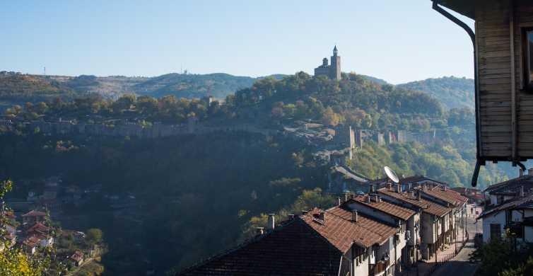 Desde Bucarest: viaje privado de día completo a Veliko Tarnovo