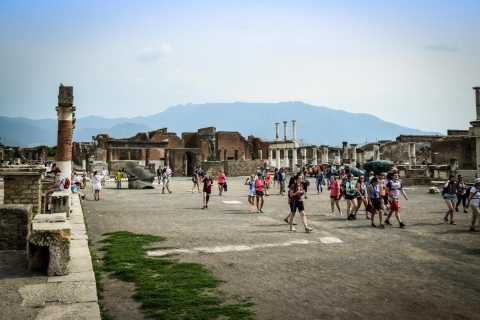 Pompeii: Small-Group Tour with an Archeologist Guide