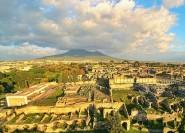 Ab Neapel: Pompeji Tour mit Weingut Mittagessen