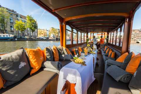 Amsterdam: Classic Boat Cruise with Cheese & Wine Option