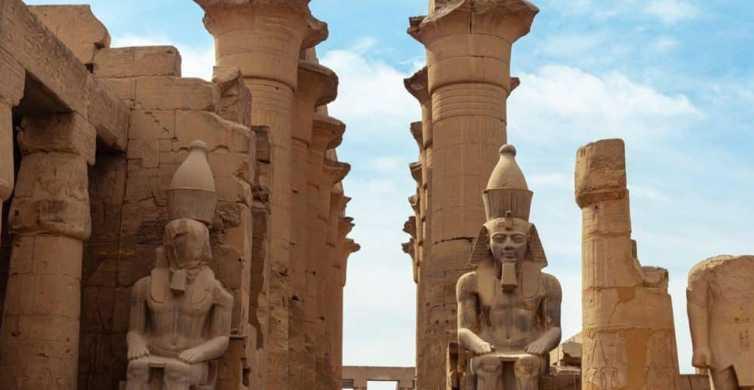 Fra Sharm El Sheikh: guidet dagstur til Luxor med fly