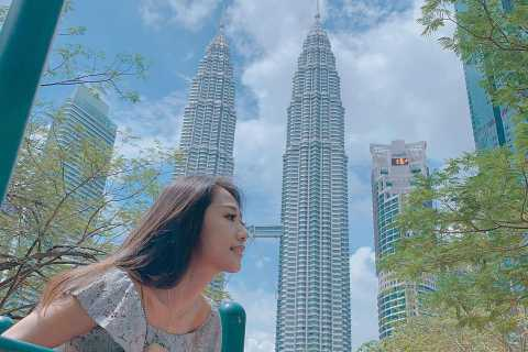 Petronas Twin Towers Visit & Return Airport Transfer