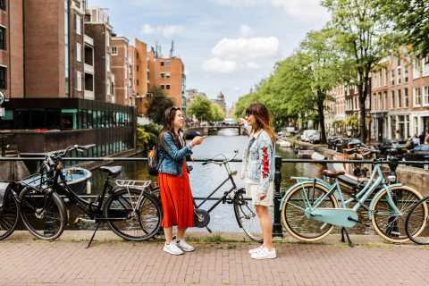 Amsterdam: Highlights & Hidden Gems Private Walking Tour