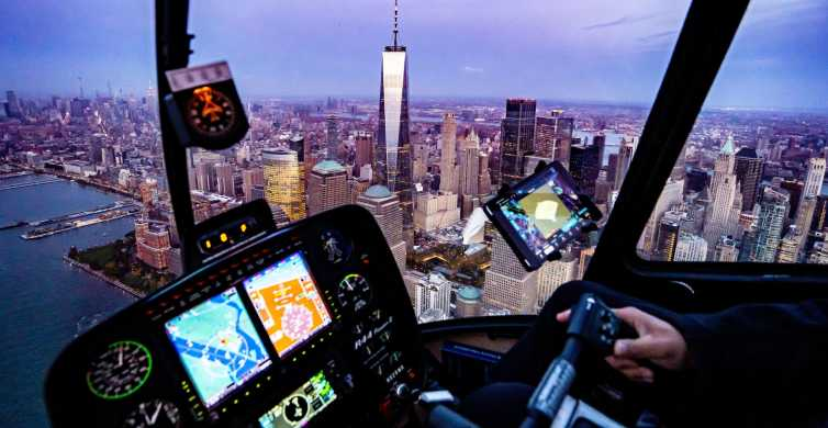 New York City: Helicopter Sightseeing Charter with Champagne
