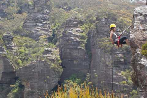 Blue Mountains: Abseiling or Canyoning Experience