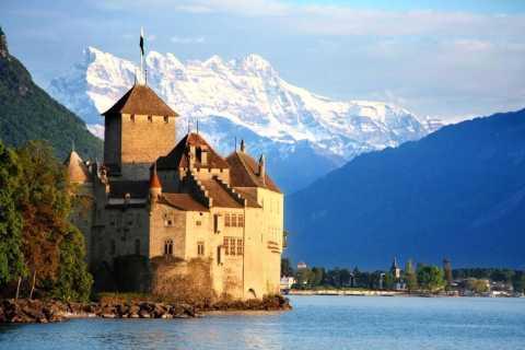 Montreux: Chateau Chillon Entrance Ticket