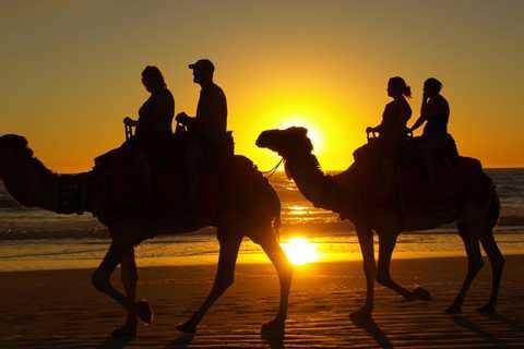 Agadir: Sunset Camel Ride Tour, Hammam Spa e Massage