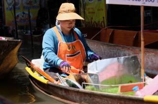 Bangkok: Kleingruppentour zum Zugmarkt & schwimmenden Markt