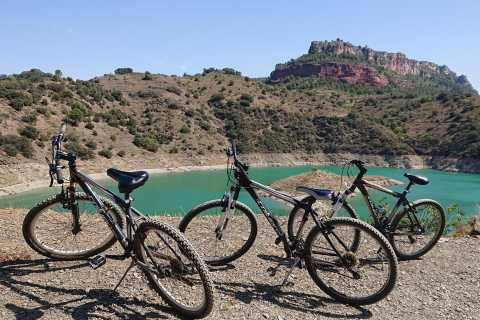 Half-Day Trip to Siurana with Bike Tour of Lake