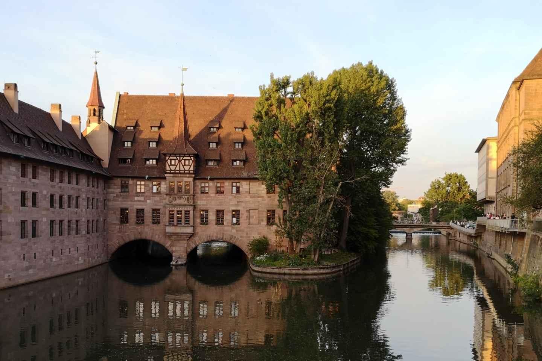 Nürnberg: Mittelalter Tour auf Spanisch
