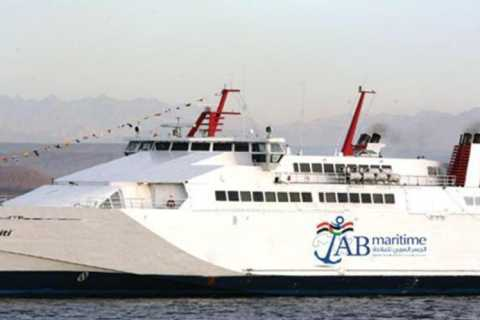 From Sharm: Ferry Trip to/from Hurghada with Hotel Transfers