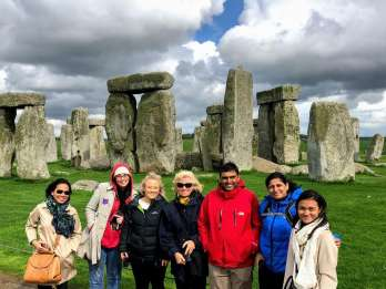 Stonehenge und Bath: Kleingruppentour mit Oxford-Professor