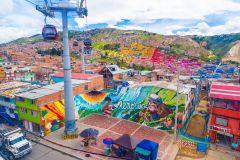 Bogotá: Excursão ao Bairro de El Paraíso com Teleférico