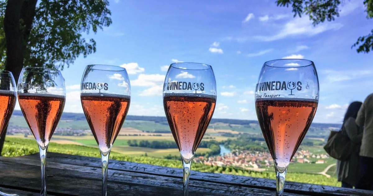 Full Champagne Wine-Day Tour from Paris