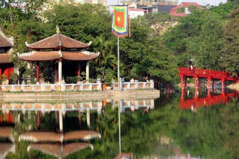Hanoi: Full-Day City Tour w/ Cyclo Ride & Water Puppet Show