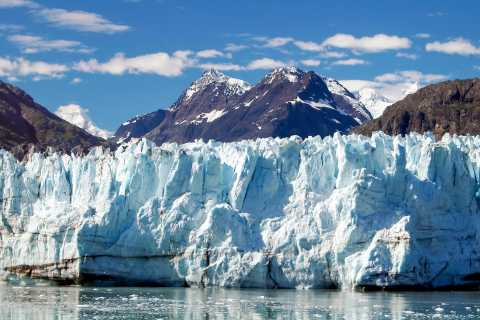 From El Calafate: Argentino Lake and 4WD Discovery Tour
