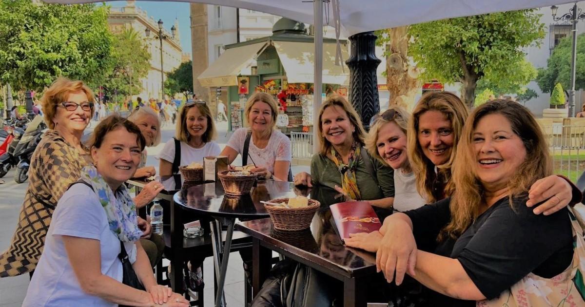 Seville: Triana Tapas and Flamenco Experience
