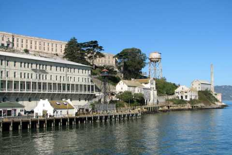 Half-Day Wine Country Tour & Alcatraz Island Visit in 2 Days