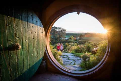 From Tauranga Port: Hobbiton Movie Set Tour Shore Excursion