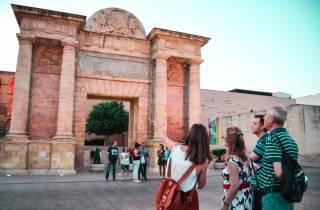 Córdoba: 2-stündiger Kleingruppen-Rundgang bei Nachteinbruch