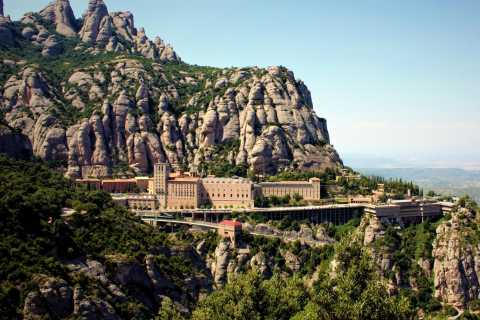 From Barcelona: Half-Day Trip to Montserrat Mountain