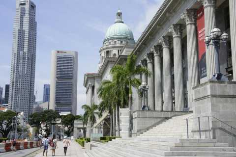 Singapore's Old Colonial District Walking Tour