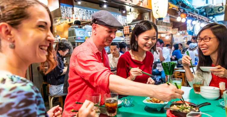 Tokyo: Private Eat & Drink Like a Local Tour