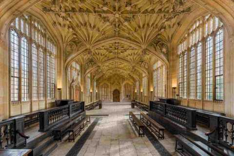 Oxford: 2-Hour Harry Potter Walking Tour Including Bodleian