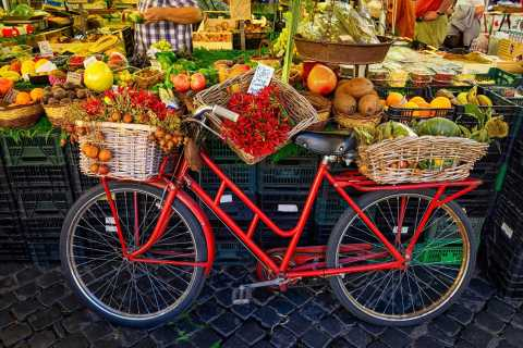 Rome: Food Markets Tour and Cooking Class with Lunch