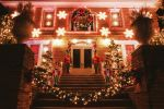 Brooklyn: Private Customized Holiday Tour with Warm Drink