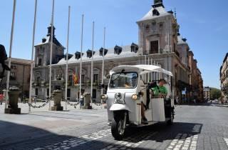 Madrid: Sightseeing Tuk-Tuk Tour für bis zu 4 Personen