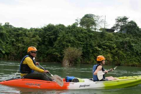 Vang Vieng: Kayaking & Cave Tubing with Zip Line/Blue Lagoon
