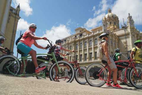 Havana: Full-Day Sightseeing E-Bike Tour with Lunch