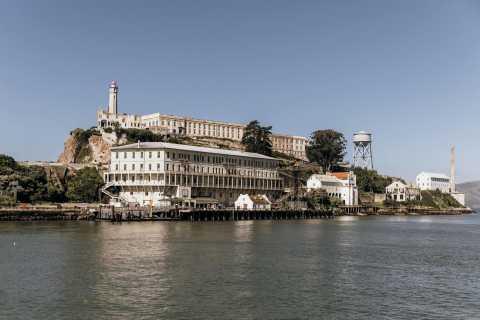 San Francisco: Alcatraz Tickets and Chinatown Walking Tour