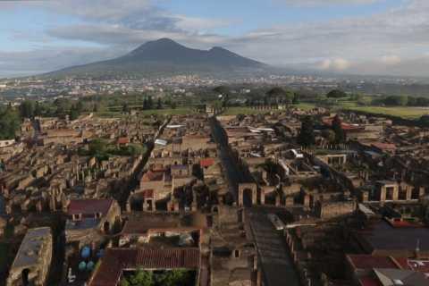 Naples: Pompeii, Herculaneum, and Mount Vesuvius Tour
