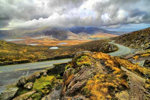 From Cork: 9-Hour Guided Ring of Kerry and Killarney Tour