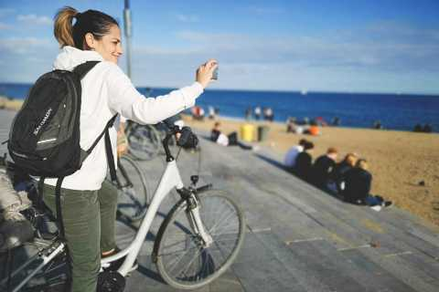 Barcelona: Highlights and Gaudi Private Bike Tour