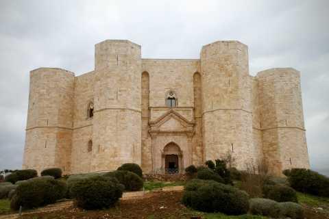 Bari: 7-Day UNESCO Puglia and Matera Guided Tour