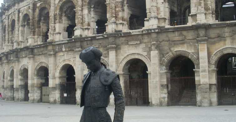 Roman and Medieval Heritage: Full-Day Tour from Avignon