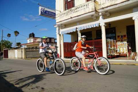 Havana: Ernest Hemingway Private E-Bike Tour