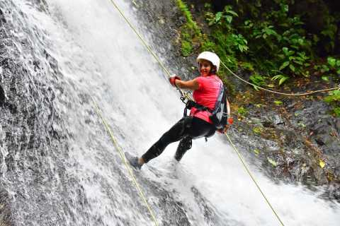 Jaco: Extreme Waterfall Canyoning with Lunch